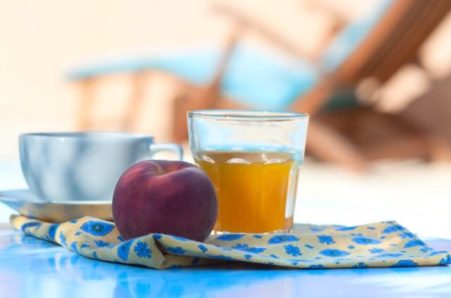 breakfast_pool_0020