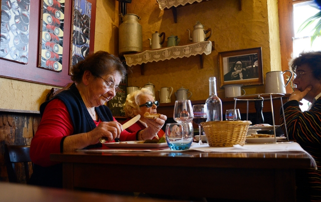 Ladies who lunch_20apr_2585
