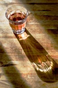 glass_shadow_wb_5000