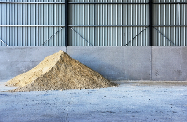 sand_pile_pointed_0009