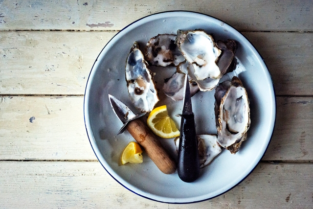 oysters_marennes_oleronlight_0045